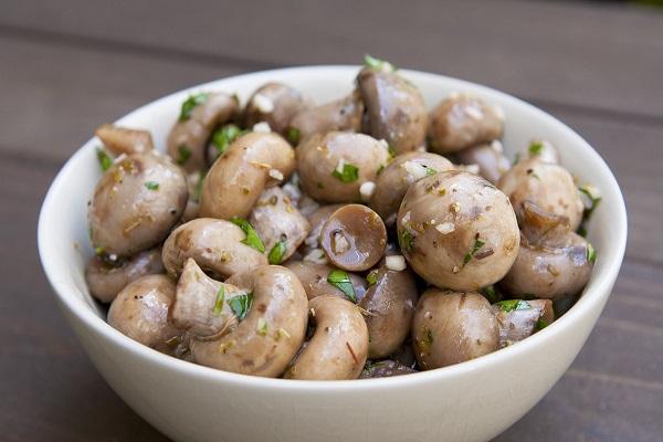 Закуска из кабачков с грибами