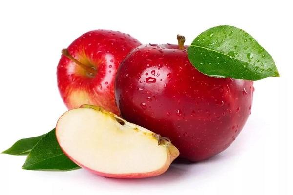 Салат с говядиной и яблоком