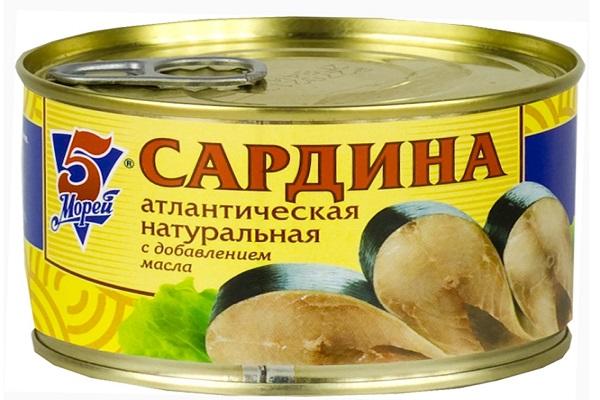 Салат рыбный с макаронами