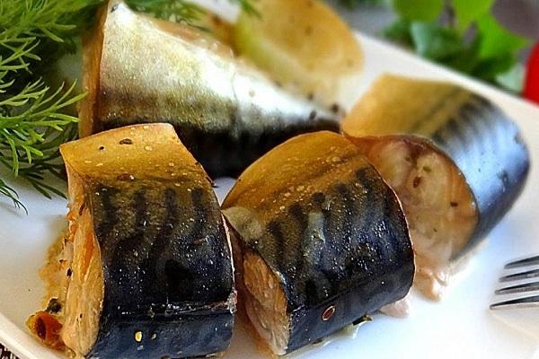 Салат с пекинской капустой и рыбой