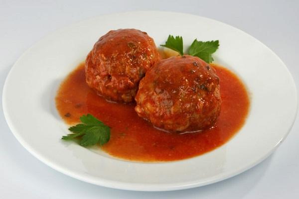 Ежики в томатном соусе в мультиварки