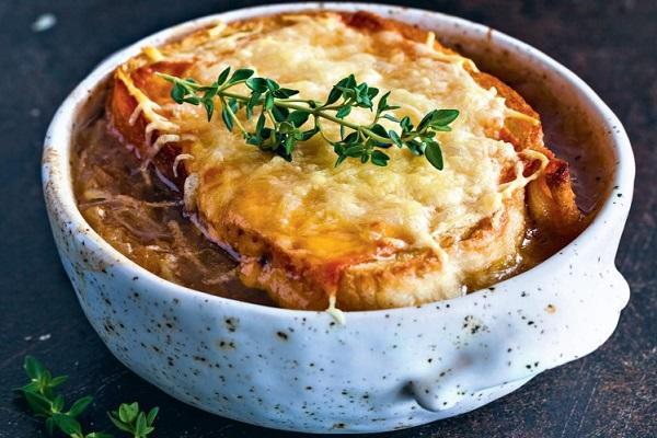 Французский луковый суп в мультиварки