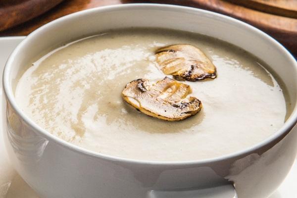 Суп-пюре из шампиньонов в мультиварки