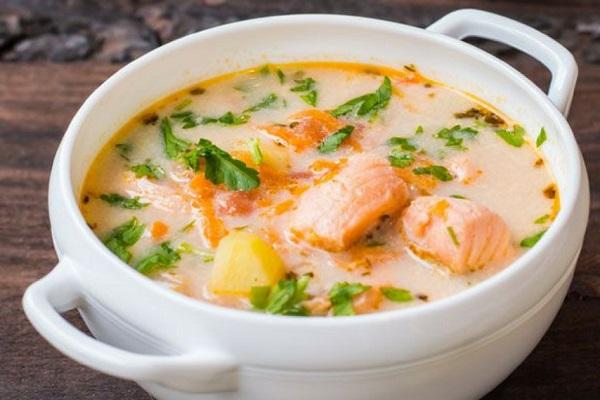Суп сливочный с семгой в мультиварки
