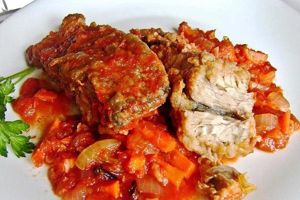 Рыба с нутом в томатном соусе в мультиварке