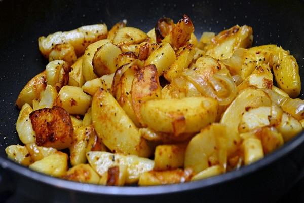 Картофель жареный в мультиварке