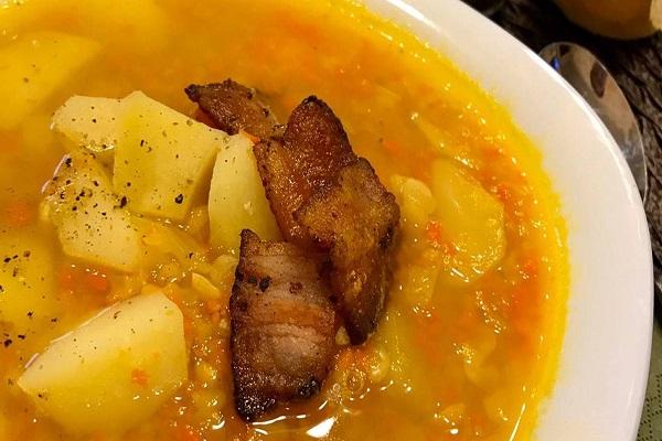 Суп из печени и копченого сала