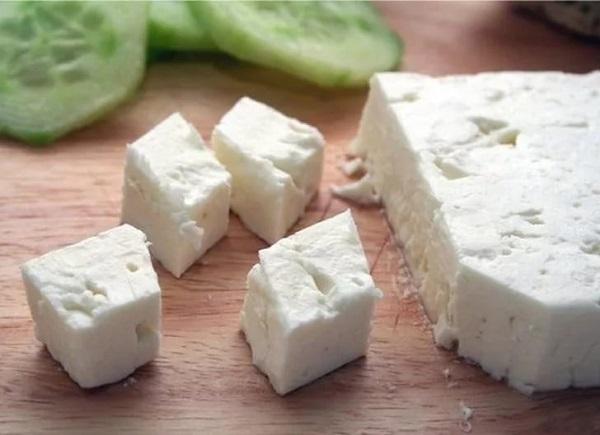 Свекольный салат с брынзой
