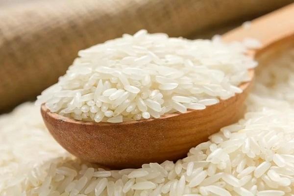 Салат из грибов с рисом