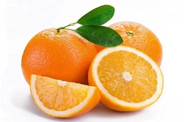 Салат из квашеной капусты с апельсином